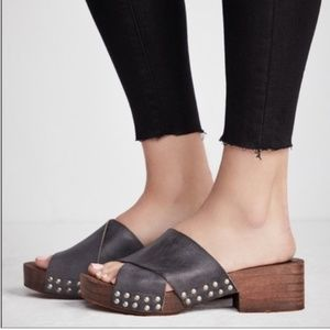 Free People Black Sonnet Clogs Sz 8
